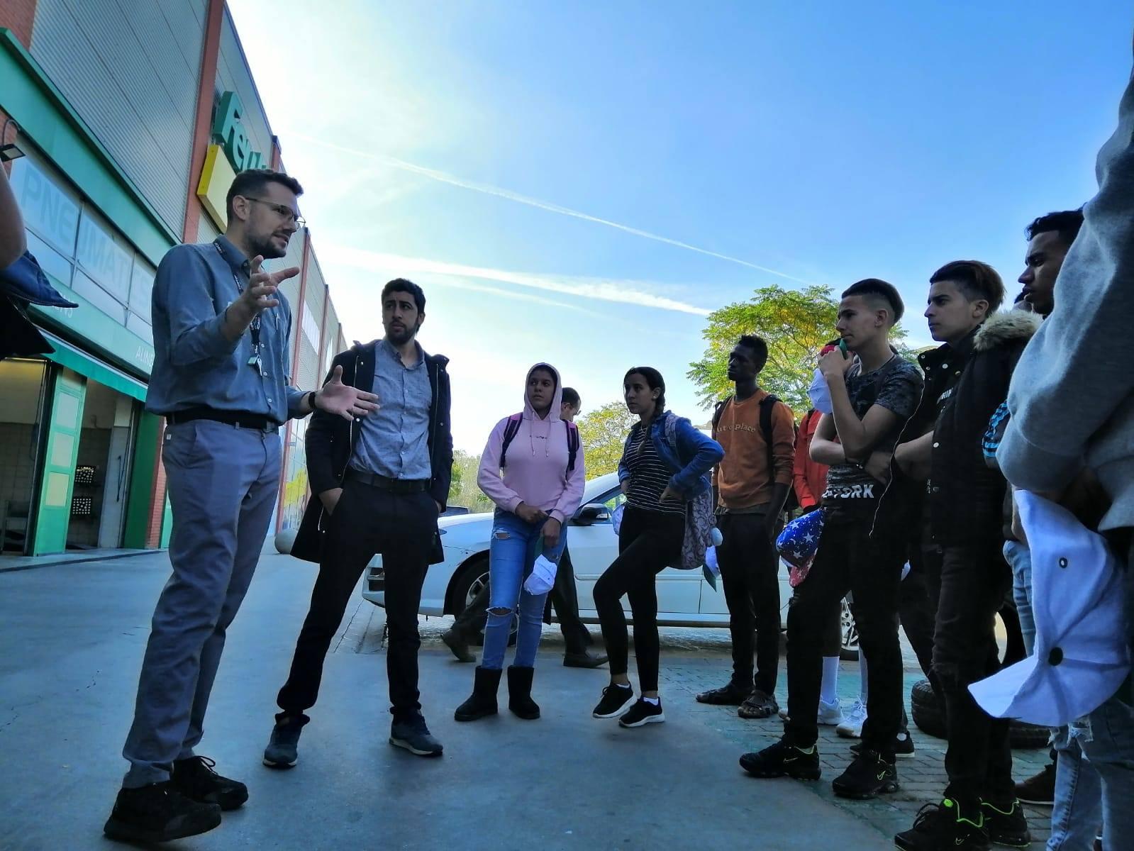 El CNO Girona visita l'empresa Feu Vert de Salt